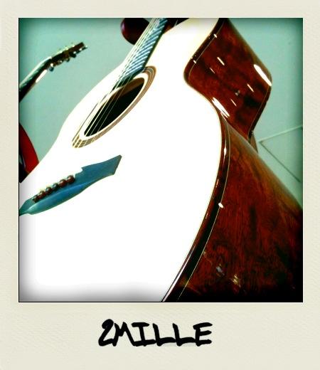 200万円のギター